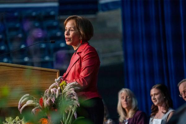 UC Davis honors President Folt with alumni Award of Distinction